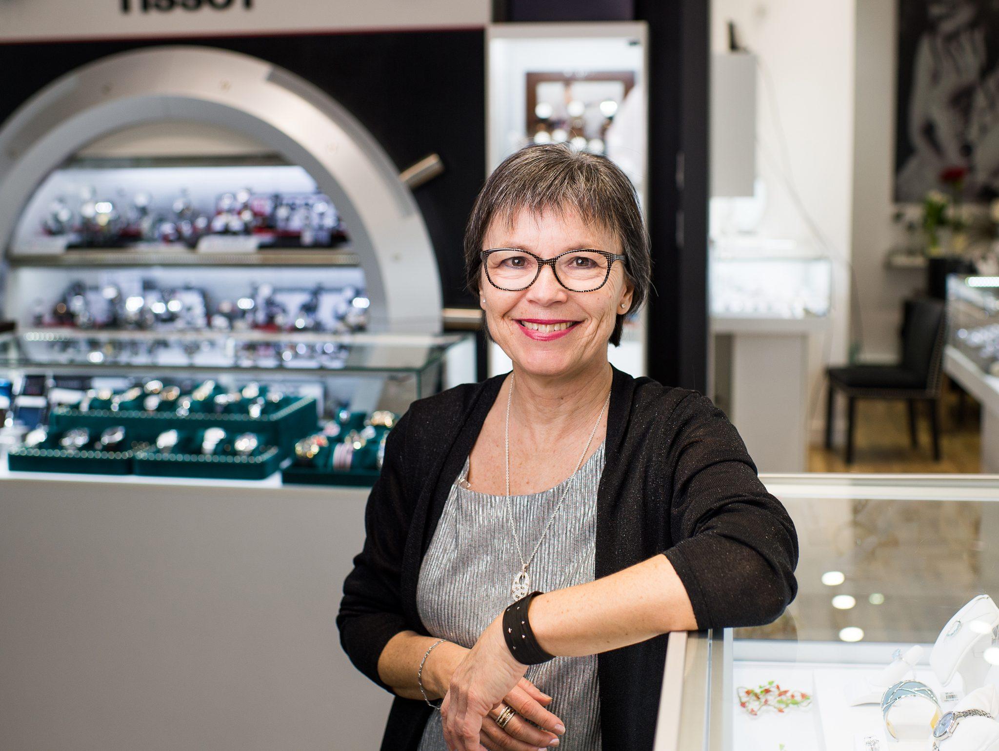 Carole - employée de la Bijouterie Guy Serres